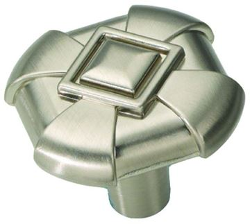 """Picture of 1 1/18"""" Chelsea Cabinet Knob"""